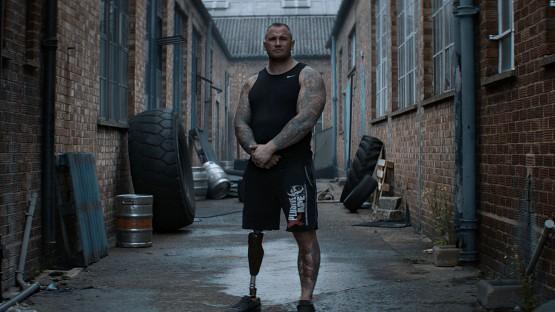 Hoene_Matthias_Mark Smith, Strongman-new