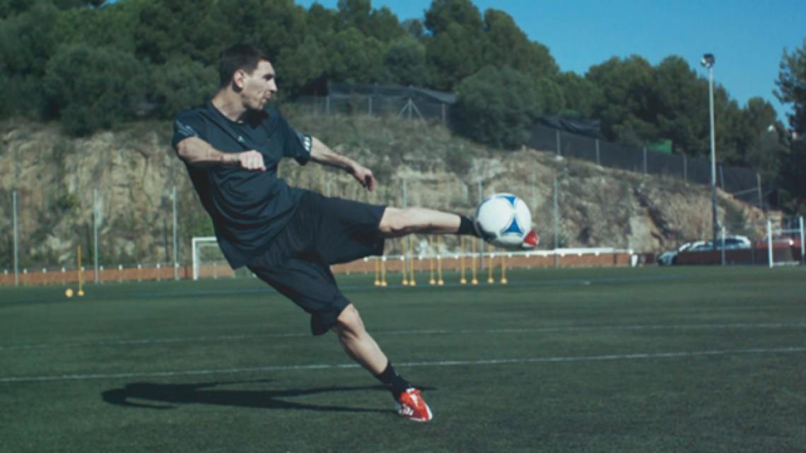 Están deprimidos idea espina  Adidas: Team Messi - Michael Williams - Partizan